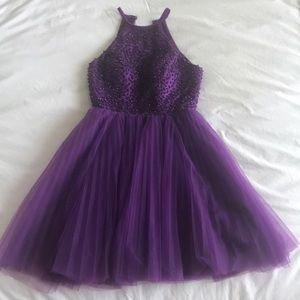 Dresses & Skirts - Gorgeous purple Homecoming dress!